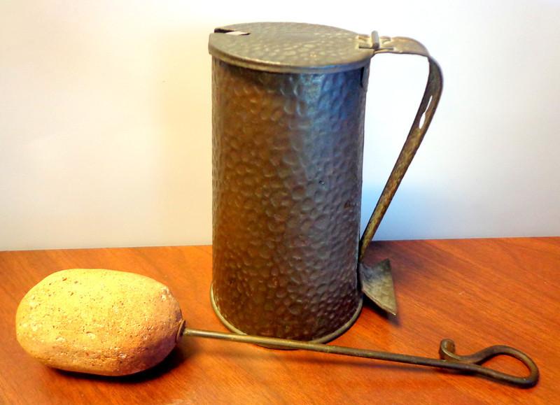 Antique Brass Baster.  5 x 9.  <b></b>