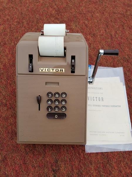 Victor Full Keyboard Portable Subtractor 7-58-4