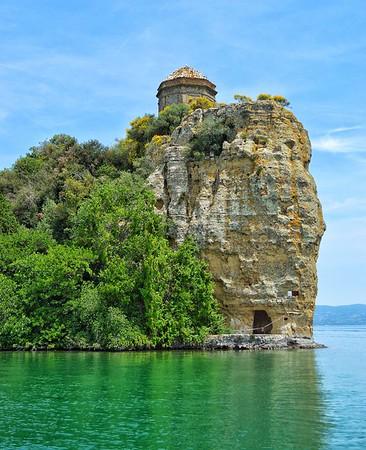 """""""Isola Bisentina"""" - Lago di Bolsena - Italia"""