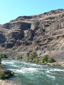 For a longer but greater adventure drive to Maupin from The Dalles. The amazing river winds through steep canyons and offers world class rafting as well as Steelhead, Salmon and the amazing red banded trout fishing.
