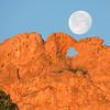 Garden of the Gods Kissing Camel's Moonset