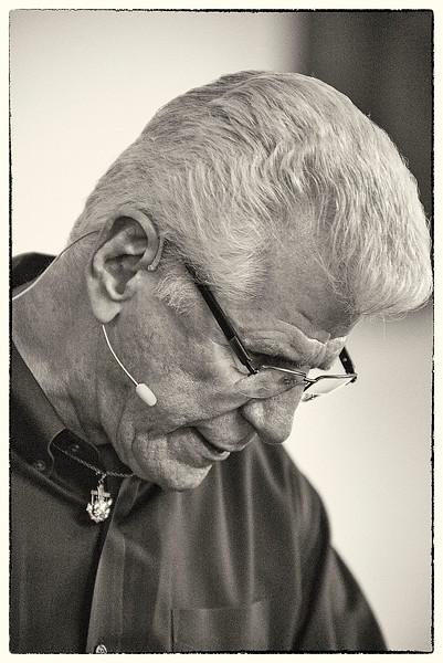 Dennis Rehdners - Gospel Evangelist