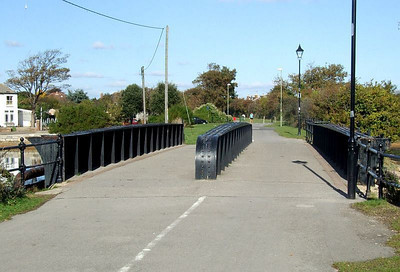 Another view of Jackie Spencer's Bridge from the south side of Alver Creek; this was built to carry the double track line to Stokes Bay Pier, and now part of the extensive Gosport cycleway system, much of which utilizes the old trackbed. 12th October 2009.