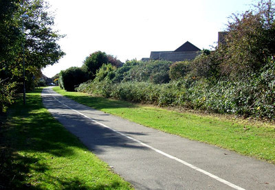 View south from the same position, with Crescent Road at the end. Note the width of the cycleway; it should be remembered that , except for the triangle between Lees Lane, Gosport station, and Daisy Lane, the whole of the Gosport railway was originally double track. 12th October 2009.