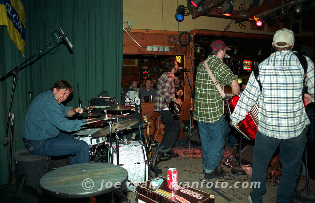"The Gourds<br /> ""Operator""<br /> Starry Plough, Berkeley, CA<br /> February 10, 1998"