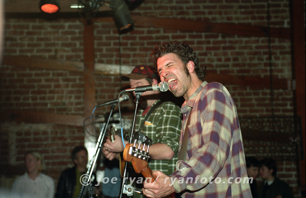 "The Gourds<br /> ""I like Drinkin'""<br /> Starry Plough, Berkeley, CA<br /> February 10, 1998"