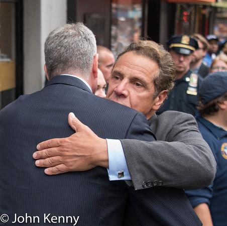 Gov. Cuomo & Mayor de Blasio Visit Site of Chelsea Explosion