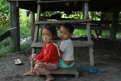 Mine Clearance, Pailin, Cambodia, 2006. Courtesy & © Australian Government, AusAID. AUSAIDXXX