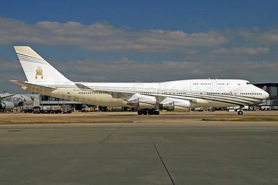 Brunei Royal Flight (Brunei Government) Boeing 747-430 V8-ALI (msn 26426) LHR (SPA). Image: 928110.