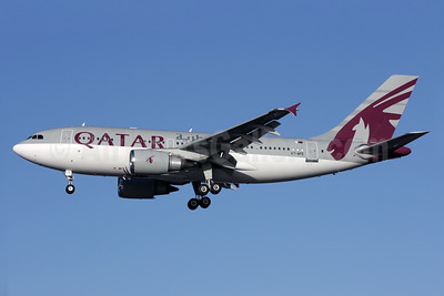 Qatar Amiri Flight Airbus A310-308 A7-AFE (msn 667) LHR (Antony J. Best). Image: 934351.