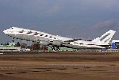 Qatar Amiri Flight Boeing 747-8KB (BBJ) A7-HBJ (msn 37075) LHR (SPA). Image: 936023.