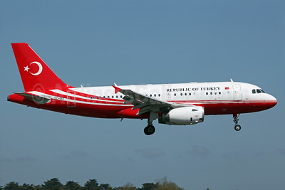 Republic of Turkey Airbus A319-113 (ACJ) TC-IST (msn 4042) DUB (Greenwing). Image: 937704.