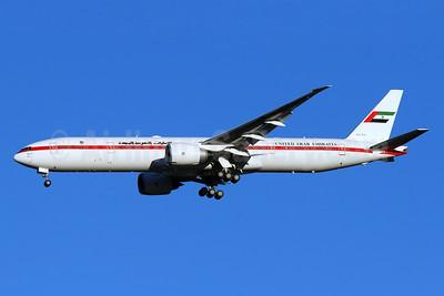 United Arab Emirates (Abu Dhabi Amiri Flight) Boeing 777-35R ER A6-SIL (msn 36563) IAD (Brian McDonough). Image: 920815.