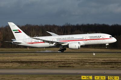 United Arab Emirates Boeing 787-8 Dreamliner A6-PFC (msn 35303) CGN (Rainer Bexten). Image: 931000.