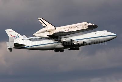 NASA Boeing 747-123 N905NA (msn 20107) + Discovery IAD (Brian McDonough). Image: 908218.