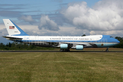 United States of America (U.S. Air Force) Boeing VC-25A (747-2G4B) 28000 (82-8000) (msn 23824) PAE (Nick Dean). Image: 906546.