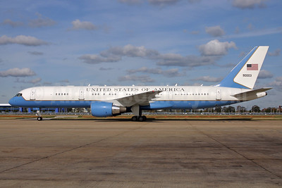 United States of America (U.S. Air Force) Boeing VC-32A (757-2G4) 90003 (msn 29027) LHR (SPA). Image: 924675.