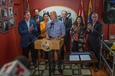 3-28-18 Venezuela Bill Signing at El Arepazo 2