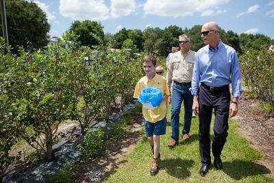 5-23-2016 C&W Farms, Ceremonial Bill Signing