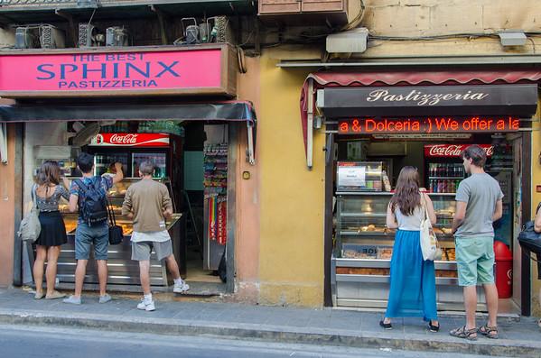 Pastizzi shops in Victoria, Gozo