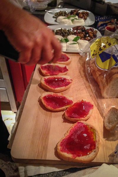 Tomato kunserva - Gozitan food, Malta