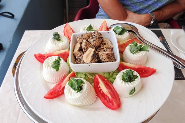 Maltese food: Gbejniet cheeselets