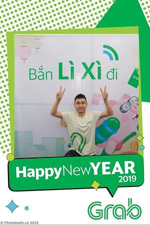 Grab-Da-Nang-Office-New-Year-instant-print-photobooth-Chup-anh-hinh-hinh-lay-lien-nam-moi-photobooth-vietnam-008-2