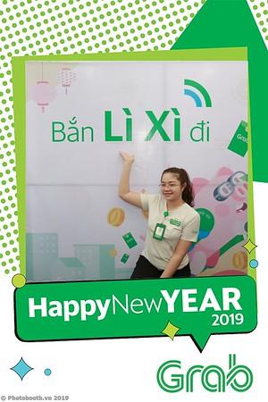Grab-Da-Nang-Office-New-Year-instant-print-photobooth-Chup-anh-hinh-hinh-lay-lien-nam-moi-photobooth-vietnam-011-3