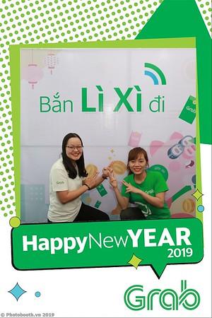Grab-Da-Nang-Office-New-Year-instant-print-photobooth-Chup-anh-hinh-hinh-lay-lien-nam-moi-photobooth-vietnam-004-1