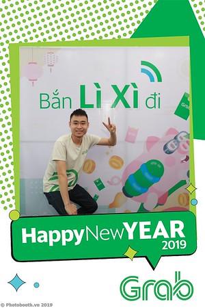 Grab-Da-Nang-Office-New-Year-instant-print-photobooth-Chup-anh-hinh-hinh-lay-lien-nam-moi-photobooth-vietnam-008-3