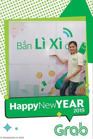 Grab-Da-Nang-Office-New-Year-instant-print-photobooth-Chup-anh-hinh-hinh-lay-lien-nam-moi-photobooth-vietnam-010-4