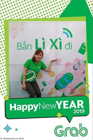 Grab-Da-Nang-Office-New-Year-instant-print-photobooth-Chup-anh-hinh-hinh-lay-lien-nam-moi-photobooth-vietnam-003-4