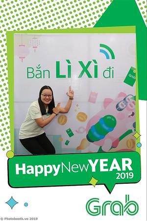 Grab-Da-Nang-Office-New-Year-instant-print-photobooth-Chup-anh-hinh-hinh-lay-lien-nam-moi-photobooth-vietnam-001-4