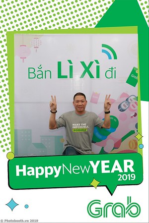 Grab-Da-Nang-Office-New-Year-instant-print-photobooth-Chup-anh-hinh-hinh-lay-lien-nam-moi-photobooth-vietnam-012-1
