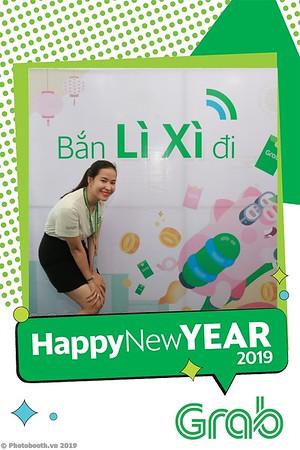 Grab-Da-Nang-Office-New-Year-instant-print-photobooth-Chup-anh-hinh-hinh-lay-lien-nam-moi-photobooth-vietnam-007-3