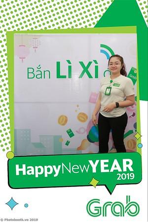Grab-Da-Nang-Office-New-Year-instant-print-photobooth-Chup-anh-hinh-hinh-lay-lien-nam-moi-photobooth-vietnam-011-4