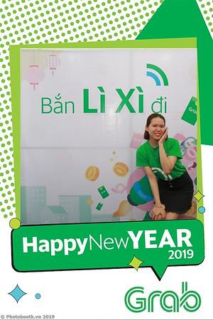 Grab-Da-Nang-Office-New-Year-instant-print-photobooth-Chup-anh-hinh-hinh-lay-lien-nam-moi-photobooth-vietnam-009-2