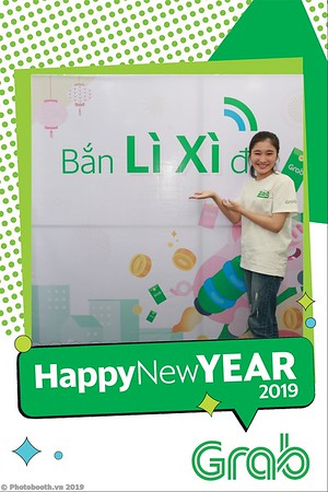 Grab-Da-Nang-Office-New-Year-instant-print-photobooth-Chup-anh-hinh-hinh-lay-lien-nam-moi-photobooth-vietnam-010-1