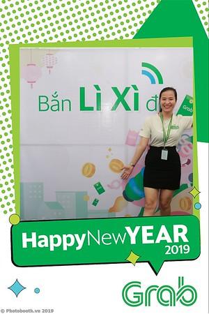 Grab-Da-Nang-Office-New-Year-instant-print-photobooth-Chup-anh-hinh-hinh-lay-lien-nam-moi-photobooth-vietnam-007-4