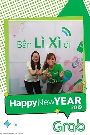 Grab-Da-Nang-Office-New-Year-instant-print-photobooth-Chup-anh-hinh-hinh-lay-lien-nam-moi-photobooth-vietnam-004-2