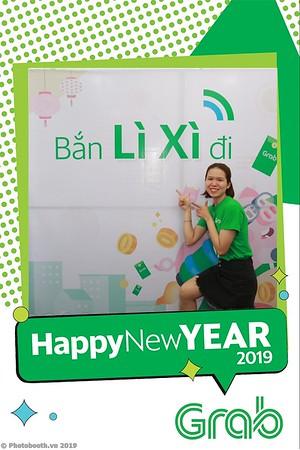 Grab-Da-Nang-Office-New-Year-instant-print-photobooth-Chup-anh-hinh-hinh-lay-lien-nam-moi-photobooth-vietnam-009-4