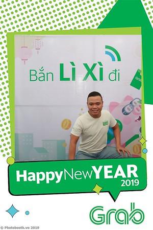 Grab-Da-Nang-Office-New-Year-instant-print-photobooth-Chup-anh-hinh-hinh-lay-lien-nam-moi-photobooth-vietnam-006-3
