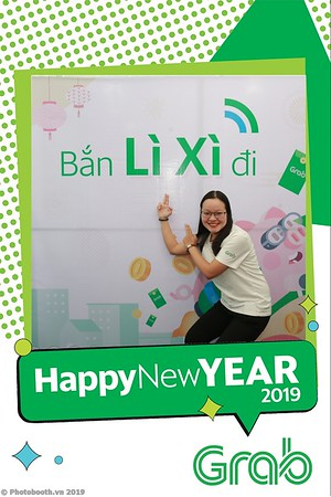 Grab-Da-Nang-Office-New-Year-instant-print-photobooth-Chup-anh-hinh-hinh-lay-lien-nam-moi-photobooth-vietnam-002-4
