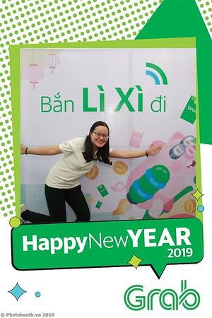Grab-Da-Nang-Office-New-Year-instant-print-photobooth-Chup-anh-hinh-hinh-lay-lien-nam-moi-photobooth-vietnam-002-3