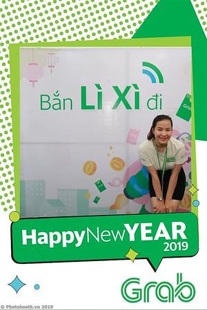 Grab-Da-Nang-Office-New-Year-instant-print-photobooth-Chup-anh-hinh-hinh-lay-lien-nam-moi-photobooth-vietnam-007-2