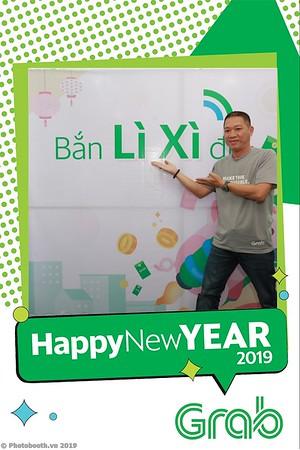 Grab-Da-Nang-Office-New-Year-instant-print-photobooth-Chup-anh-hinh-hinh-lay-lien-nam-moi-photobooth-vietnam-012-4