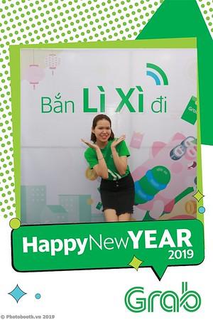 Grab-Da-Nang-Office-New-Year-instant-print-photobooth-Chup-anh-hinh-hinh-lay-lien-nam-moi-photobooth-vietnam-009-3