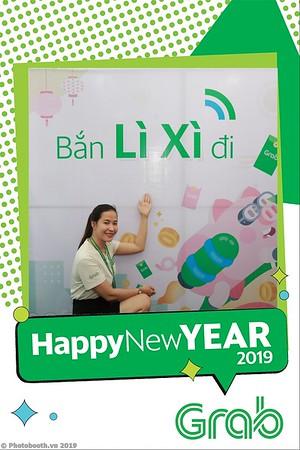 Grab-Da-Nang-Office-New-Year-instant-print-photobooth-Chup-anh-hinh-hinh-lay-lien-nam-moi-photobooth-vietnam-007-1