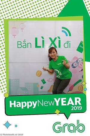 Grab-Da-Nang-Office-New-Year-instant-print-photobooth-Chup-anh-hinh-hinh-lay-lien-nam-moi-photobooth-vietnam-003-3
