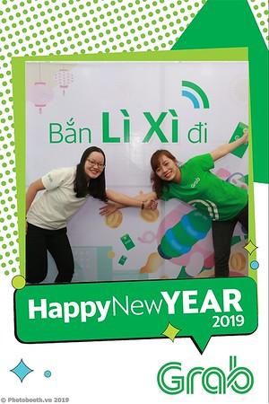 Grab-Da-Nang-Office-New-Year-instant-print-photobooth-Chup-anh-hinh-hinh-lay-lien-nam-moi-photobooth-vietnam-004-4